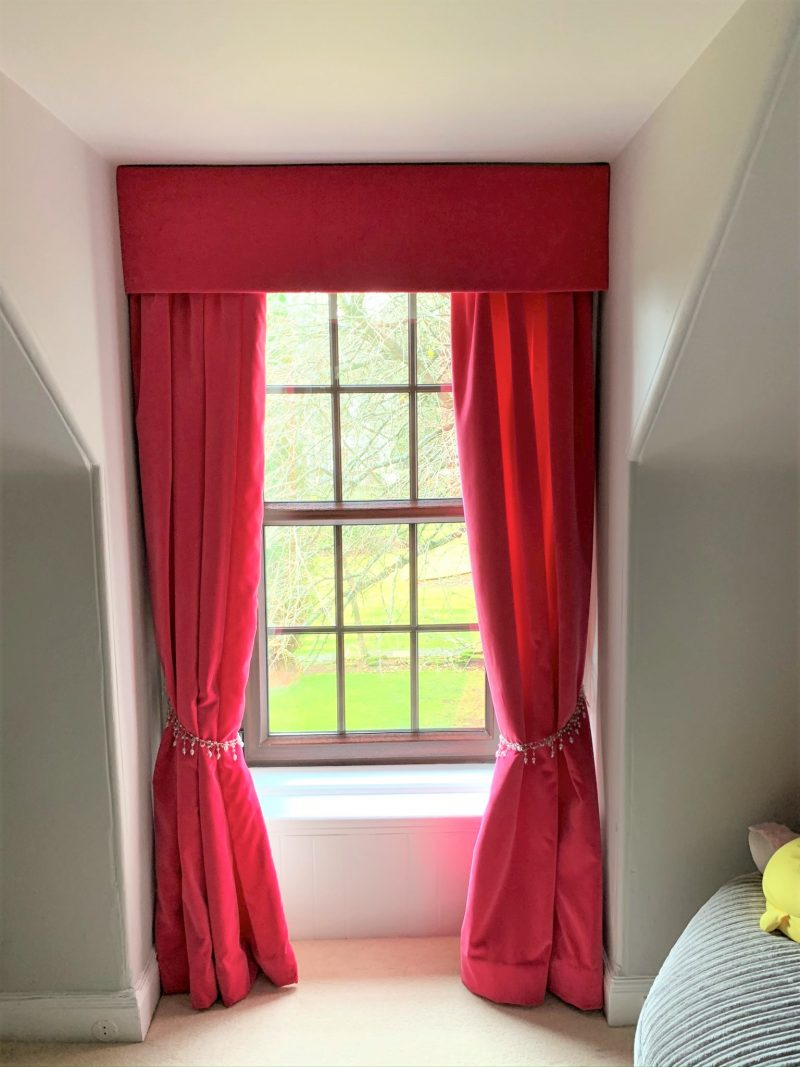 girls room velvet curtains